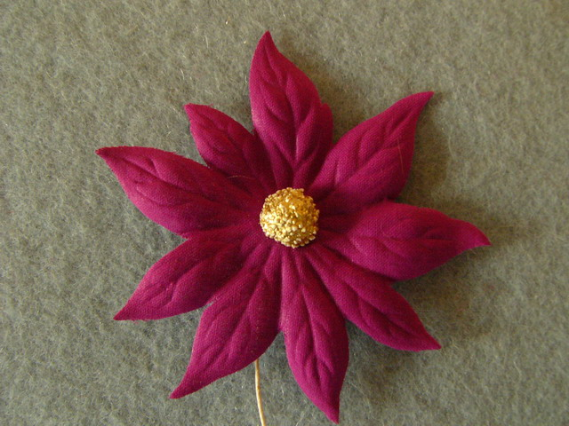 Christmas flower with pistil - Ø 8cm